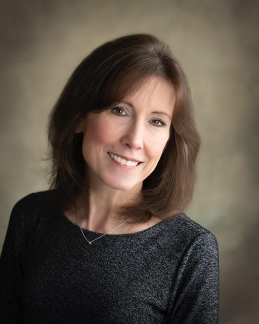 headshot of Cathy Cahill