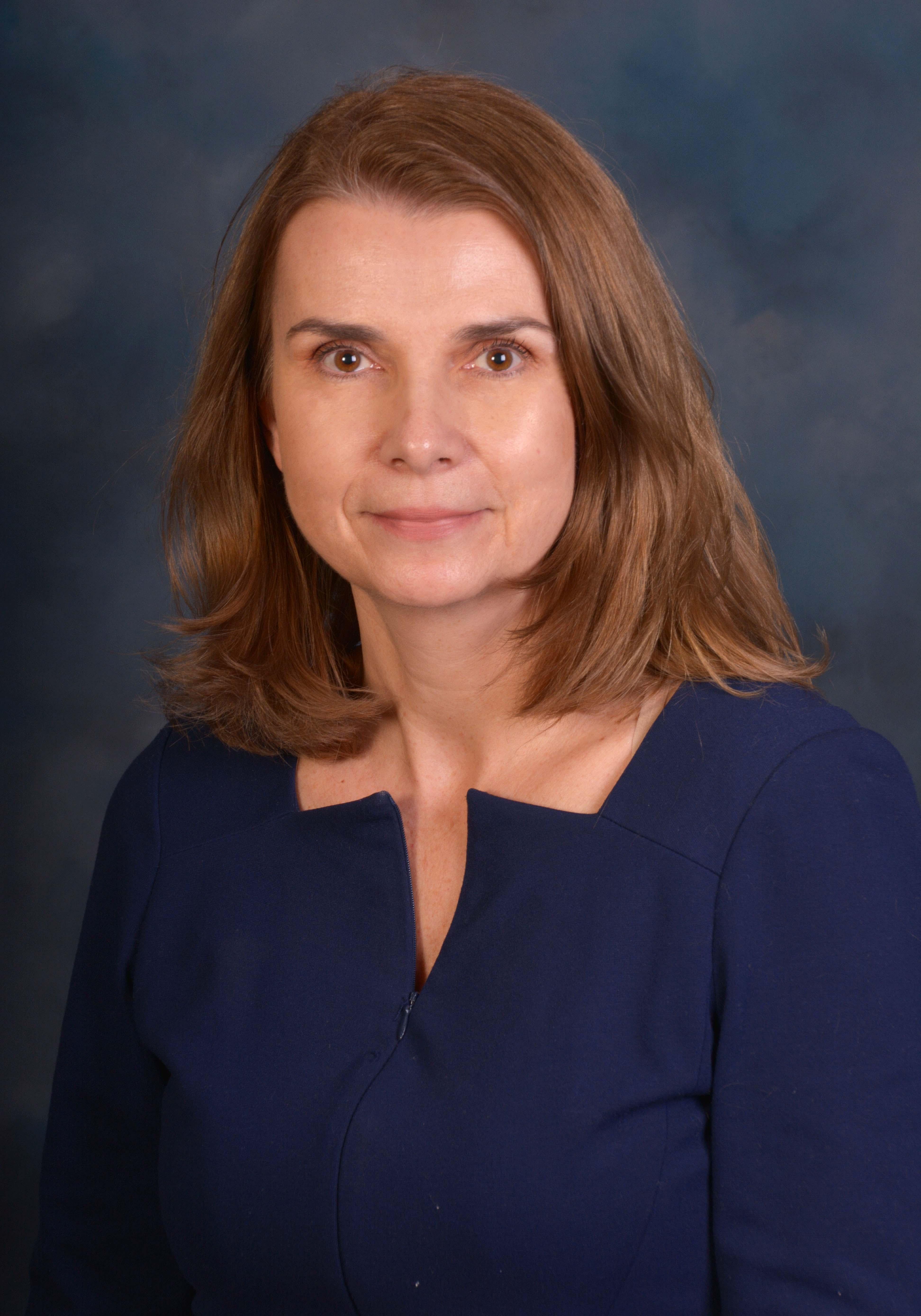 headshot of Joanna Totsky