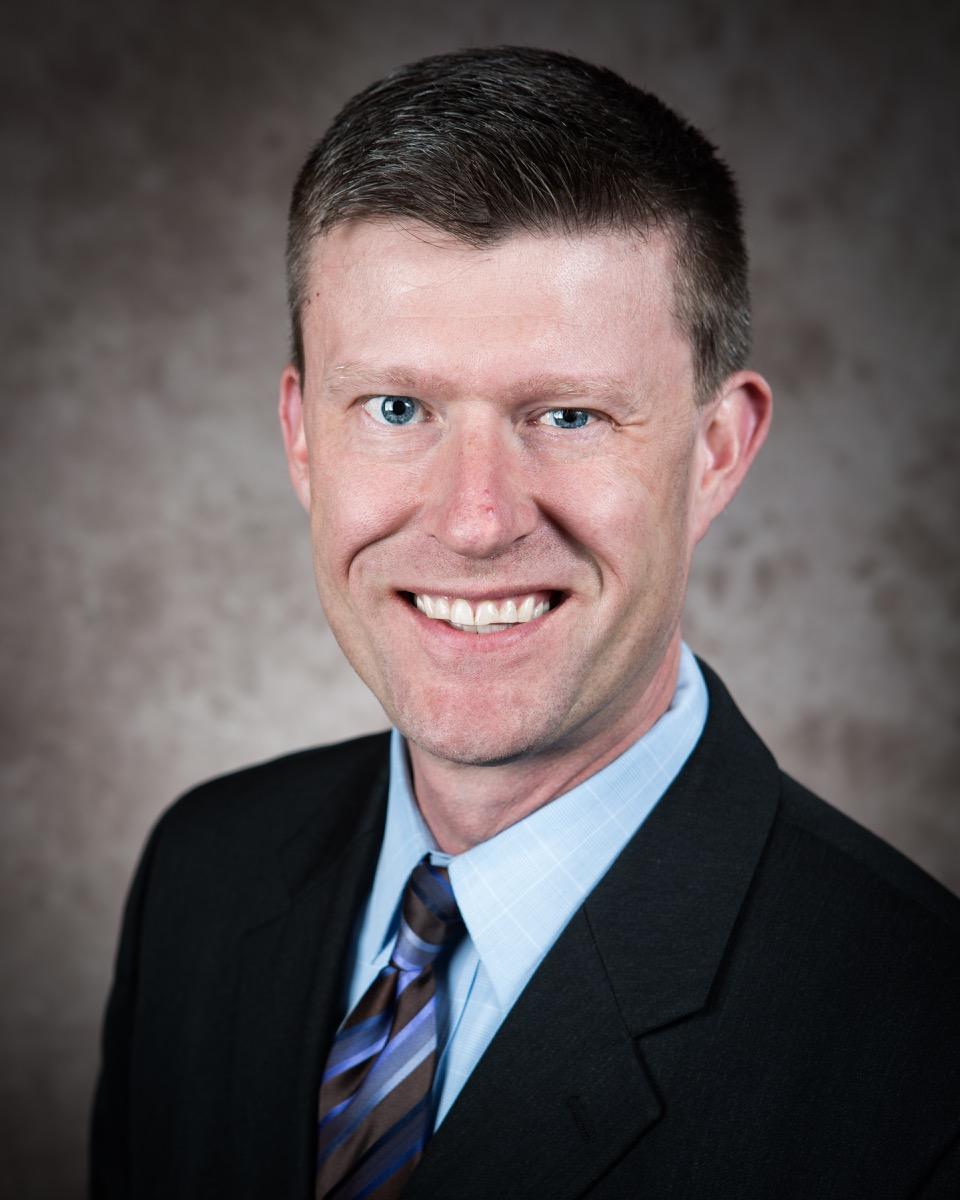 headshot of Daniel Posanski