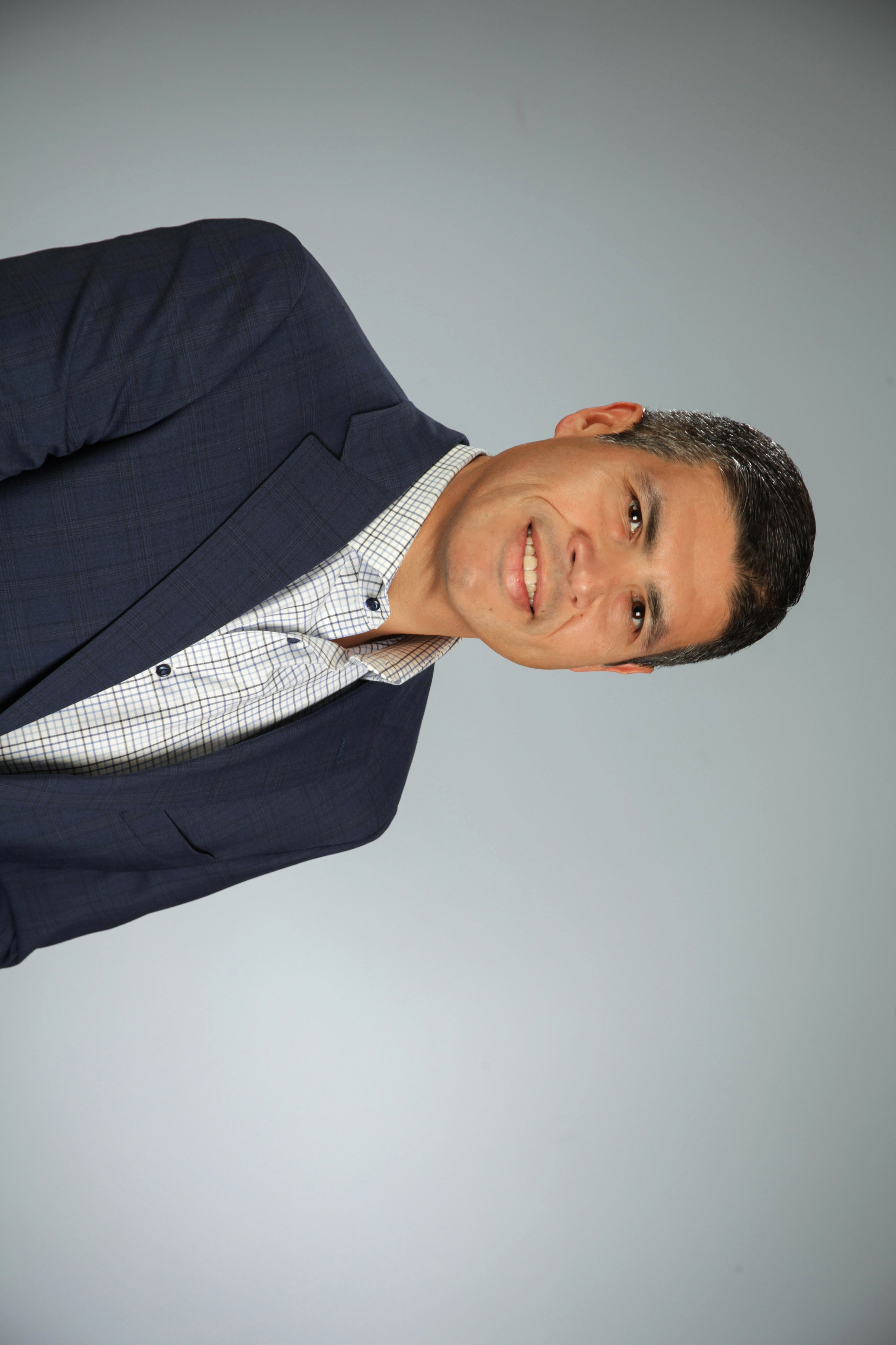 headshot of Joaquin Hernandez