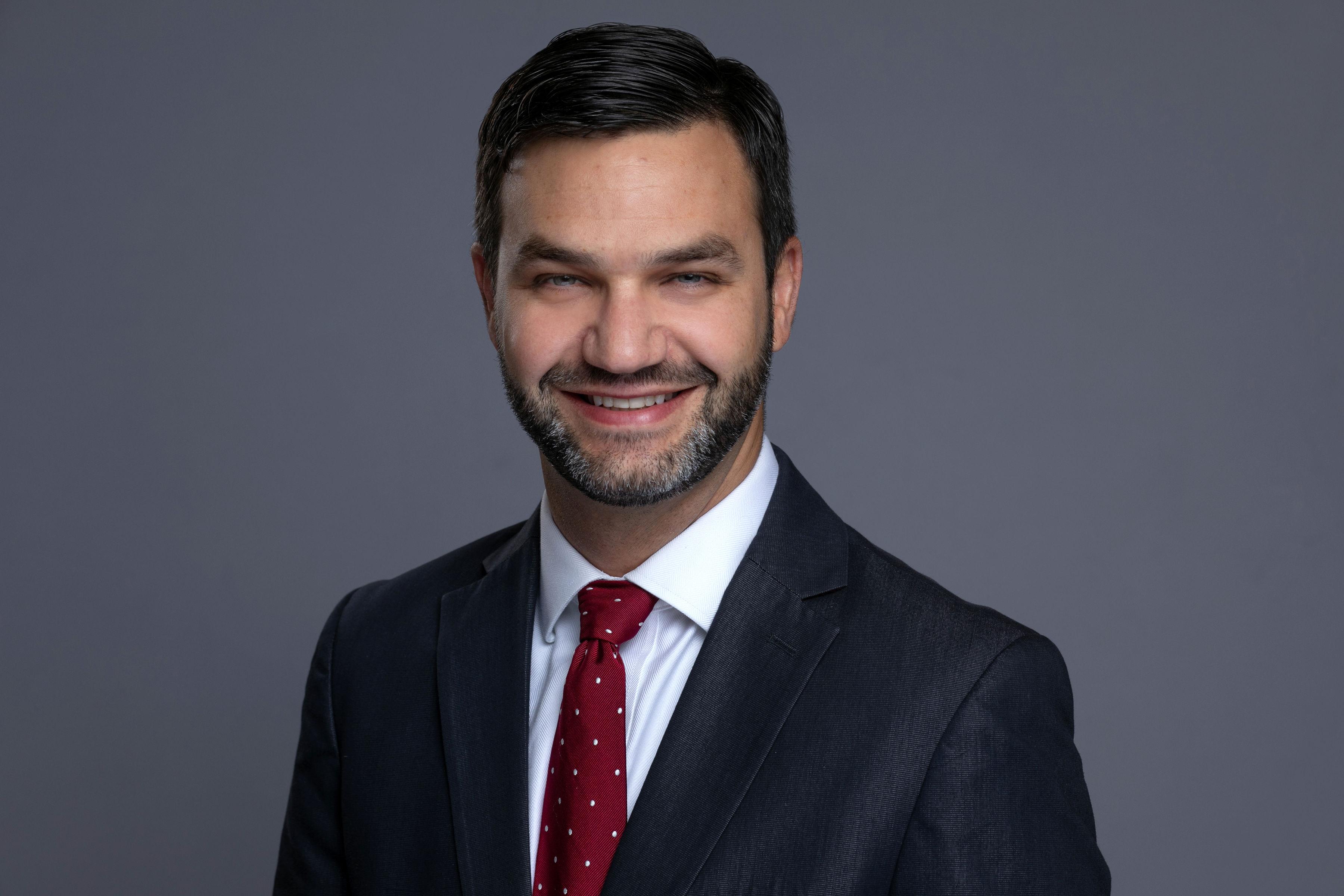 headshot of Daniel Bauer