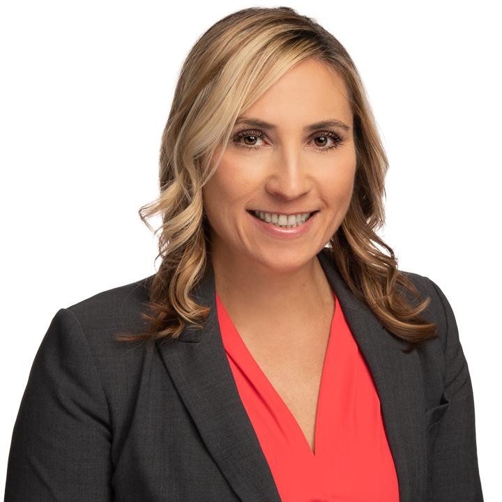 headshot of Larisa Brosko
