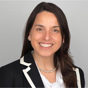 headshot of Victoria Meni Battaglia