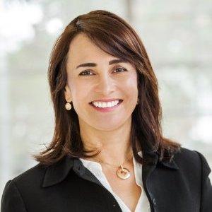 headshot of Rebeca Perez-Serrano